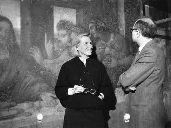 Pinin Brambilla Barcilon e Carlo Bertelli durante i restauri